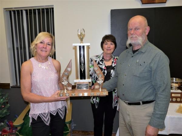 Patti Sage, Sage Gardens accepting award for best non residential garden in Erin